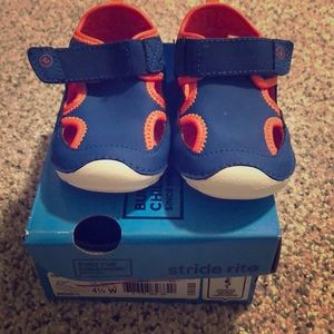 Stride Rite water shoes 4.5 wide